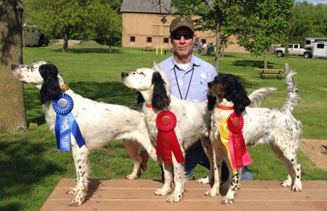 Ian MacTavish with left to right: Kevin (CH Shadow Oak Bo x Cold Creek Pearl), Pearl (Blue Shaquille x Houston's Belle), Maggie (CH Can't Go Wrong x Cold Creek Pearl).